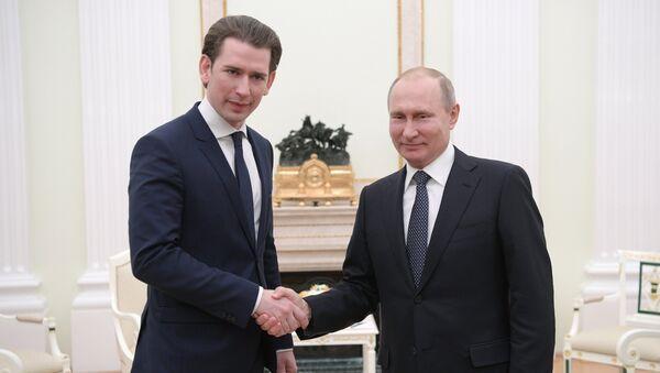 Президент РФ В. Путин встретился с канцлером Австрии С. Курцем - Sputnik Абхазия