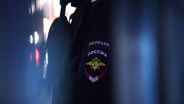 Нашивка на рукаве сотрудника полиции в России, архивное фото - Sputnik Аҧсны