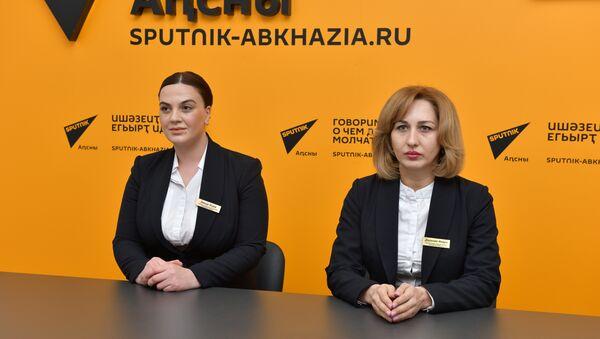 Кира Зекир-оглы и Инара Даурова - Sputnik Абхазия