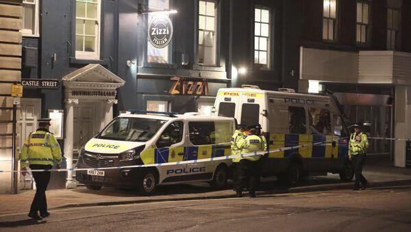 Полиция на улице Castle street британского города Солсбери рядом с местом, где был найден в тяжелом состоянии экс-полковник ГРУ  Сергей Скрипаль - Sputnik Аҧсны