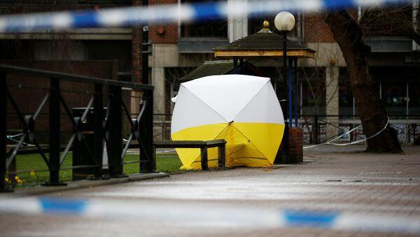 Полицейское оцепление в городе Солсбери после госпитализации бывшего полковника ГРУ Сергея Скрипаля - Sputnik Аҧсны