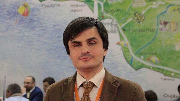 Начальник отдела анализа, прогнозирования и развития курортно-туристической индустрии министерства по курортам  и туризму РА Адамыр Мукба - Sputnik Аҧсны