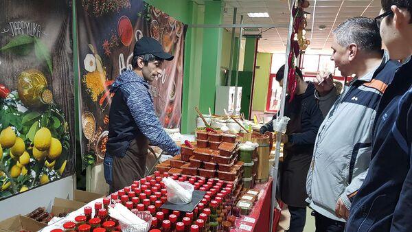 Сельскохозяйственная продукция из Абхазии на выставке Региональные ярмарки в Белгороде - Sputnik Абхазия