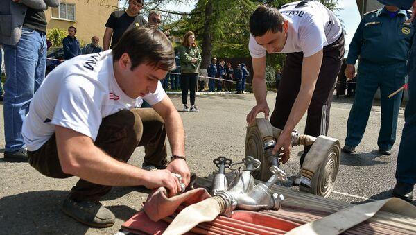 Учения МЧС к 100-летию пожарной службы Министерства по чрезвычайным ситуациям - Sputnik Абхазия