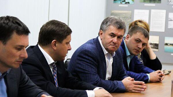 Мугдин Чермит (слева) - Sputnik Абхазия
