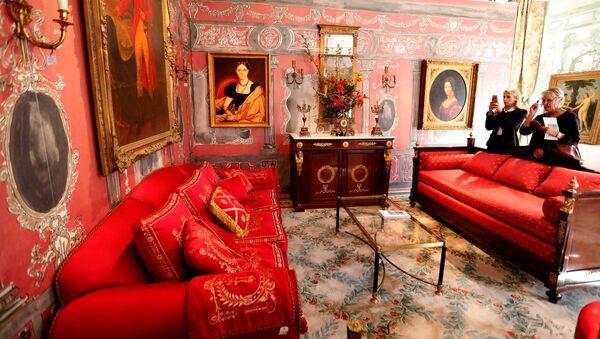 Парижский Hotel Ritz продает с аукциона мебель и предметы интерьера - Sputnik Абхазия