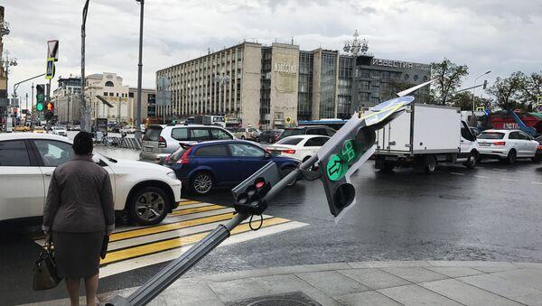 Последствия урагана в Москве - Sputnik Абхазия