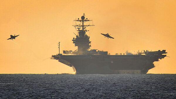 Авианосец ВМС США Гарри Трумен. Архивное фото - Sputnik Аҧсны