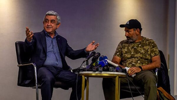 Саргсян прервал переговоры с лидером оппозиции - Sputnik Абхазия