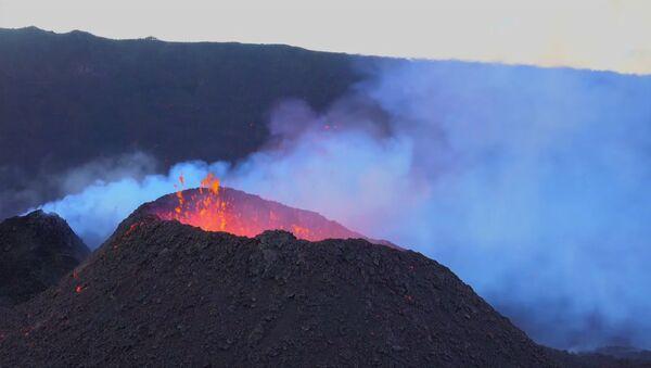 Извержение вулкана. Архивное фото - Sputnik Аҧсны