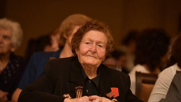 Ветеран ВОВ, участница Сталинградской битвы Валентина Шульгина  - Sputnik Абхазия