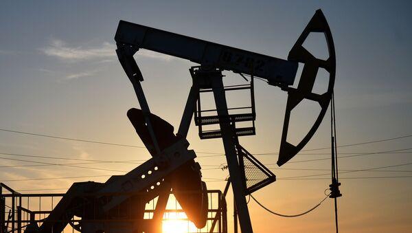 Нефтяные станки-качалки - Sputnik Абхазия