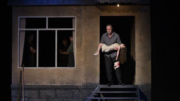 Спектакль Третий день войны Абхазского государственного Молодежного театра - Sputnik Аҧсны