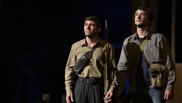 Спектакль Третий день войны Абхазского государственного Молодежного театра - Sputnik Абхазия