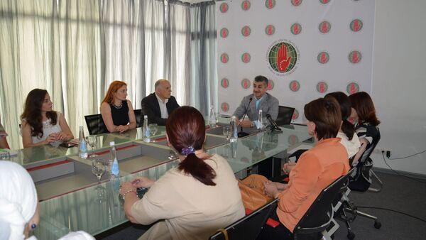 Встреча председателя ВААК Муссы Экзекова с молодежью и женщинами Абхазии - Sputnik Аҧсны