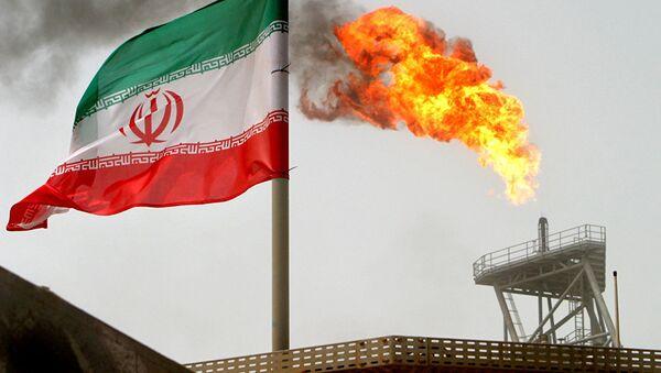 Иранский флаг в Персидском заливе. - Sputnik Аҧсны