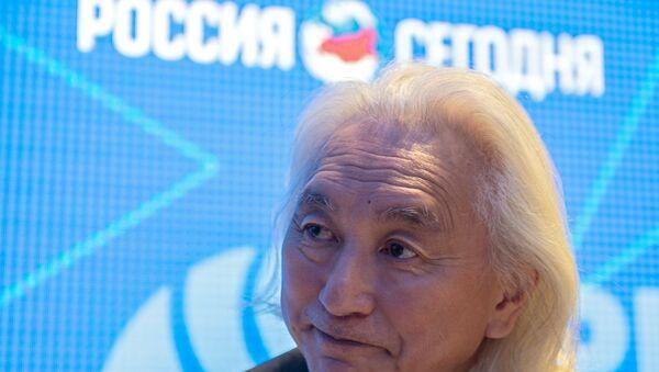 Работа стенда МИА «Россия сегодня» во второй день ПМЭФ - Sputnik Абхазия