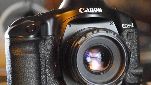 Canon EOS-1v - Sputnik Абхазия