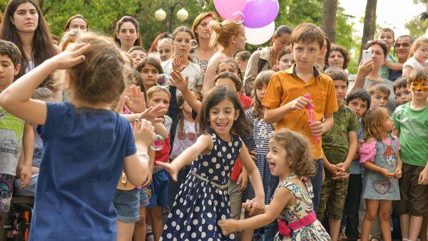 День защиты детей - Sputnik Абхазия