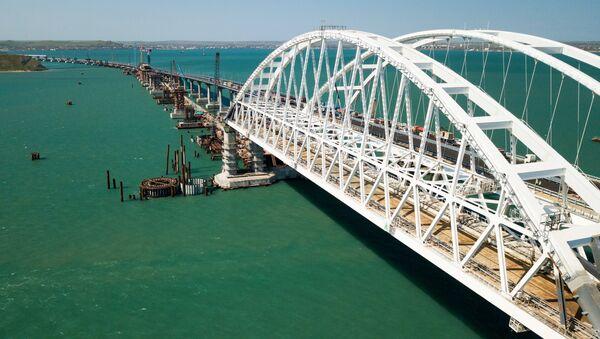 Строительство Крымского моста и автомобильных подходов со стороны Краснодарского края. - Sputnik Аҧсны