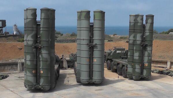В Крыму прошли учения с комплексами С-400 и Панцирь - Sputnik Абхазия