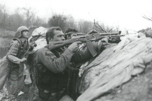 2 июля началась наступательная операция абхазской армии на левом фланге Гумистинского фронта. В Тамыше высадился морской десант численностью 300 человек. - Sputnik Абхазия