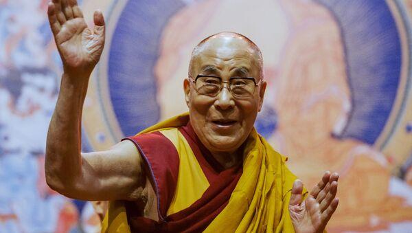 Духовный лидер буддистов Далай-лама XIV проводит в Риге лекцию для жителей стран Балтии и России. - Sputnik Абхазия