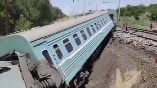 Крушение поезда в Казахстане - Sputnik Аҧсны