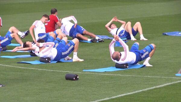 Тренировка сборной России перед матчем с Уругваем - Sputnik Абхазия