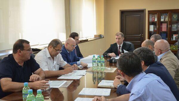 Совещание руководства РУП Черноморэнерго с представителями районных энергокомиссий - Sputnik Абхазия