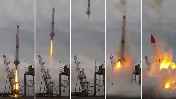 Ракета взорвалась сразу после взлета в Японии: появилось видео - Sputnik Абхазия