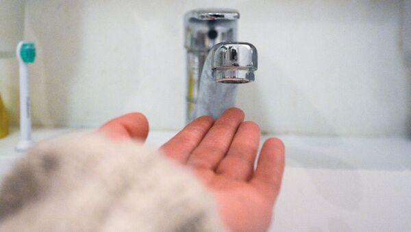 Кран в ванной комнате - Sputnik Абхазия