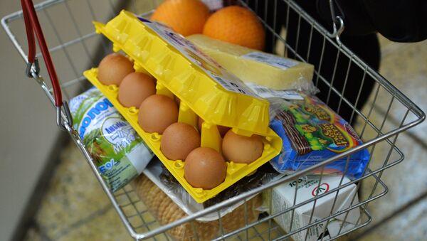 Продажа куриных яиц в регионах России - Sputnik Аҧсны