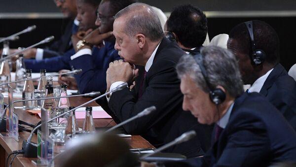Президент РФ В. Путин на Десятом саммите БРИКС в ЮАР. День второй - Sputnik Абхазия