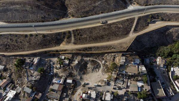 Американо-мексиканская граница - Sputnik Абхазия