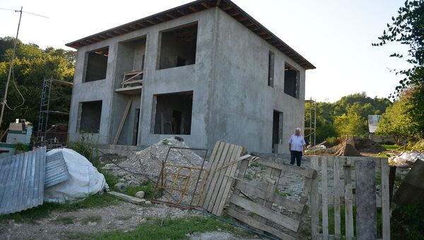 Восстановление домов в селе Приморское - Sputnik Абхазия
