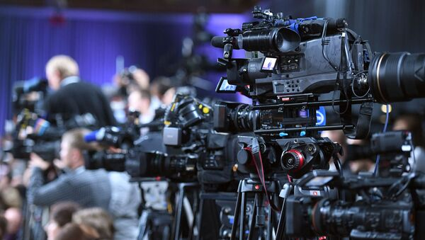 Техника представителей СМИ на большой пресс-конференции президента РФ Владимира Путина - Sputnik Абхазия