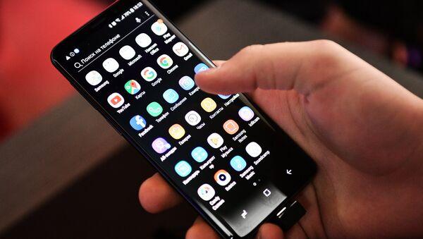 Презентация новых смартфонов Samsung Galaxy S9 и S9+ - Sputnik Абхазия