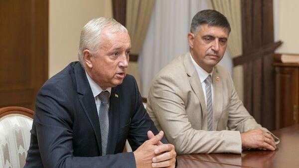 Встреча президента Приднестровской Молдавской республики с главами официальных представительств Абхазии и Южной Осетии - Sputnik Абхазия