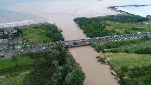 Четыре моста рухнули в Турции после ливней - Sputnik Абхазия