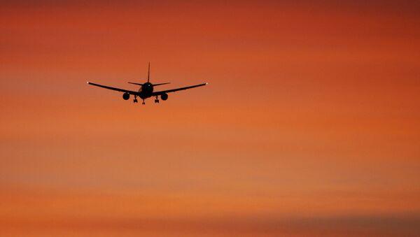 Самолет Boeing 777 - Sputnik Абхазия