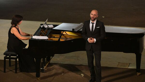 V Ежегодный благотворительный концерт и выставка художественных работ прошла в Пицунде - Sputnik Аҧсны