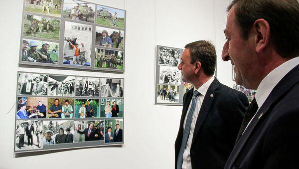 Фотовыставка семи журналистов-юбиляров открылась в ЦВЗ Абхазии - Sputnik Абхазия
