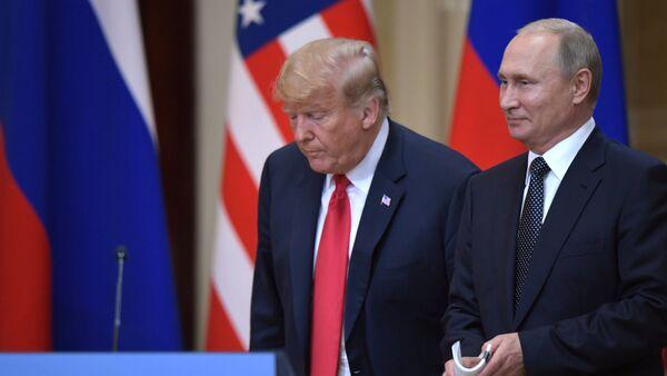 Встреча президента РФ Владимира Путина и президента США Дональда Трампа в Хельсинки - Sputnik Аҧсны