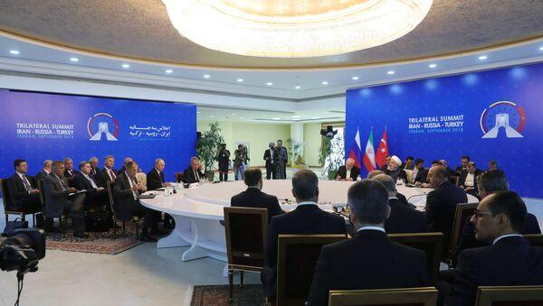 Саммит лидеров России, Ирана и Турции в Тегеране - Sputnik Абхазия