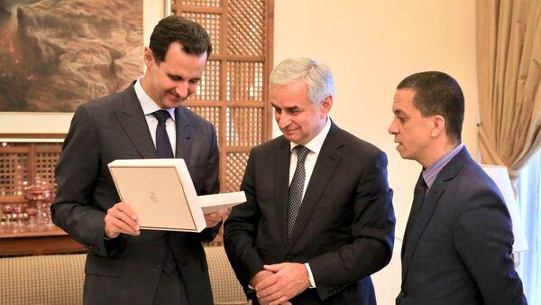 Встреча Президента Республики Абхазия Рауля Хаджимба и Президента Сирийской Арабской Республики Башара Асада в связи с завершением официального визита Президента Абхазии в Сирию - Sputnik Абхазия