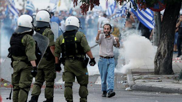 Акции протеста в  Салониках в преддверии ежегодного политического выступления премьер-министра Греции Алексиса Ципраса - Sputnik Абхазия