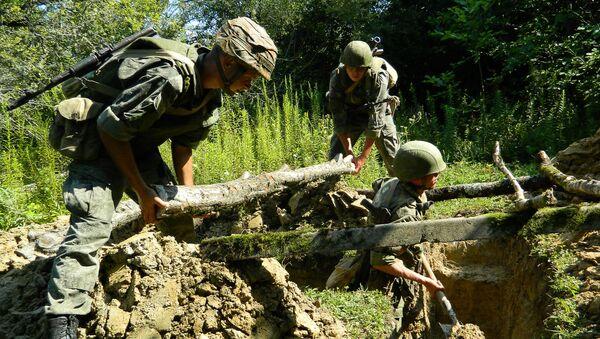 Двусторонние ротно-тактические учения в воинских частях ЮВО в Абхазии - Sputnik Аҧсны