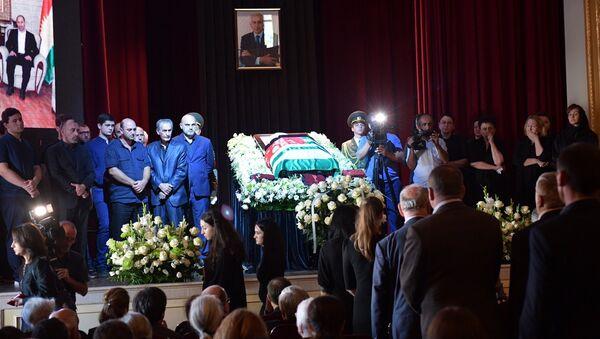 Началась церемония прощания с Геннадием Гагулия - Sputnik Абхазия