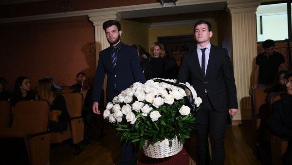 Аԥсны аԥыза-министр Геннади Гагәылиа ҳаҭырқәҵарала дымҩаԥыргеит - Sputnik Аҧсны